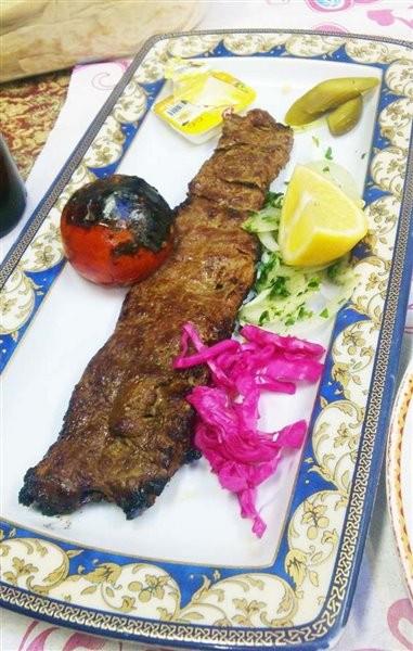Zartosht Restaurant (1).jpg