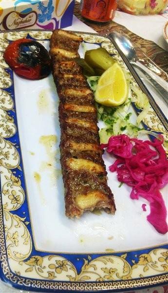 Zartosht Restaurant (2).jpg