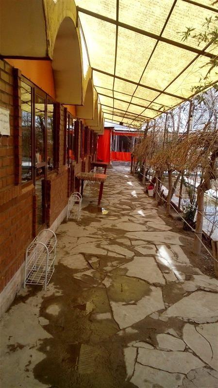 Zartosht Restaurant (4).jpg