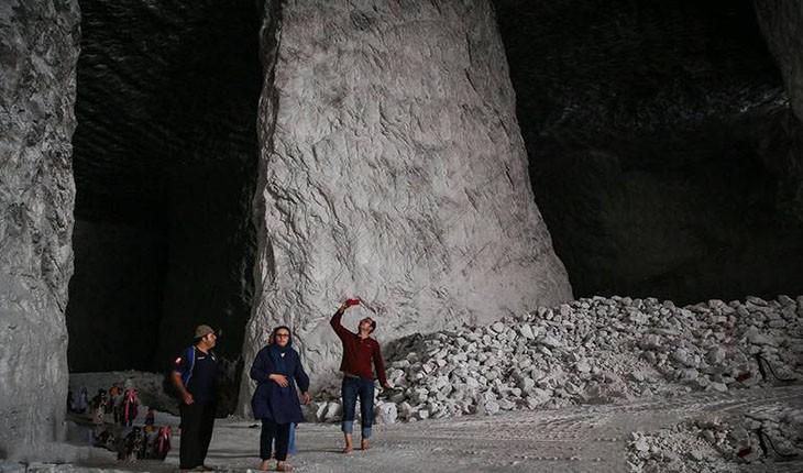 معدن نمک سالار، منطقه شور سمنان که به شیرینی میزند