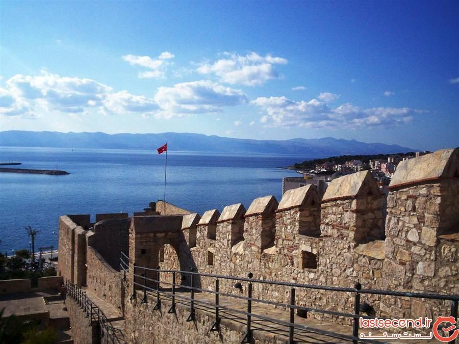 قلعه تاریخی چشمه