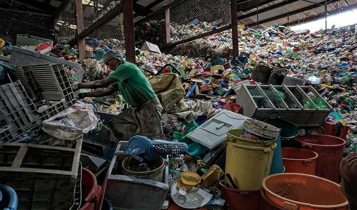 10 حقیقت شوکه کننده دربارهی پلاستیک