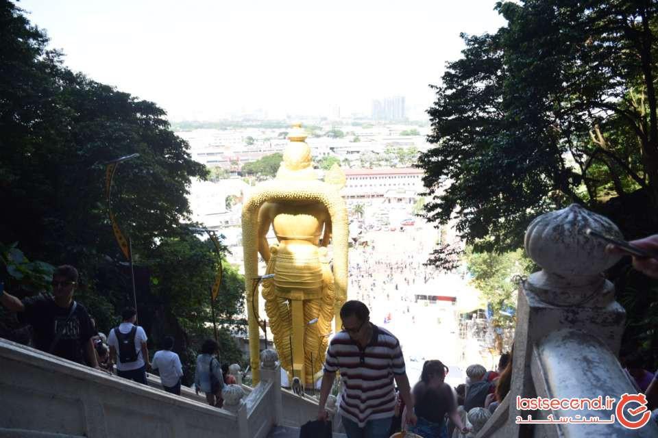 مجسمه مورگان از پشت