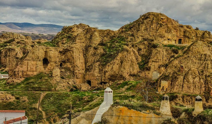 غارهای گوادیکس اسپانیا