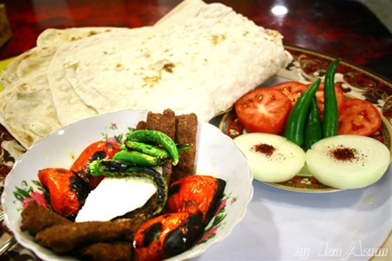 Ghorban Restaurant (6).jpg