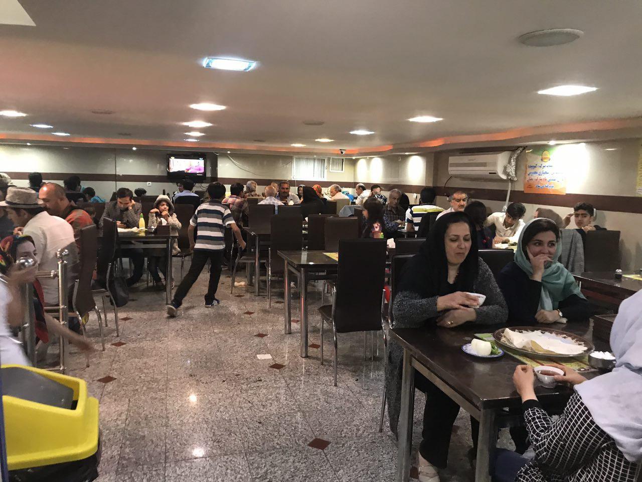 Ghorban Restaurant (3).jpg