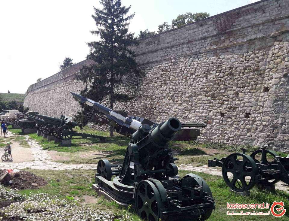 موزه جنگ در ورودی قلعه بلگراد