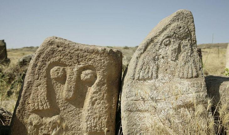 گورستان تاریخی اردبیل، عجیب ترین گورستان ایران در شهر یئری