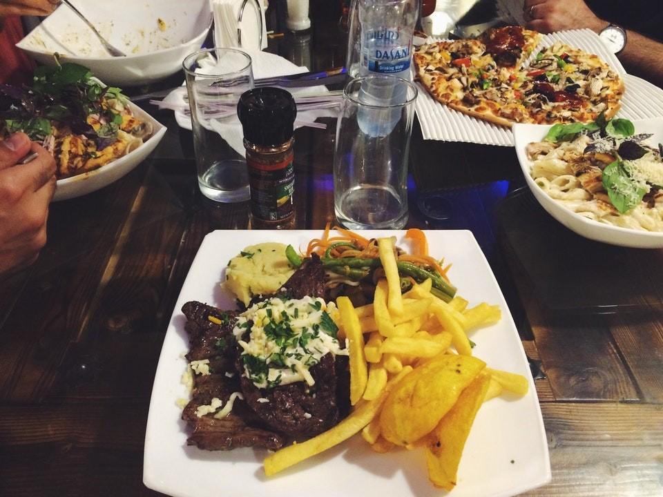 Haft Darya Italian Restaurant (4).jpg