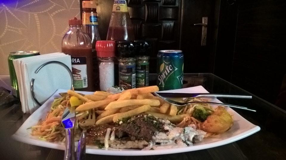 Haft Darya Italian Restaurant (2).jpg
