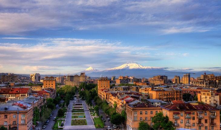 چه زمانی بهترین وقت برای سفر به ارمنستان است؟