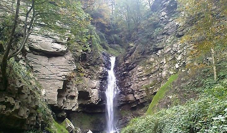 آبشار ارتکند، طبیعت باورنکردنی مشهد