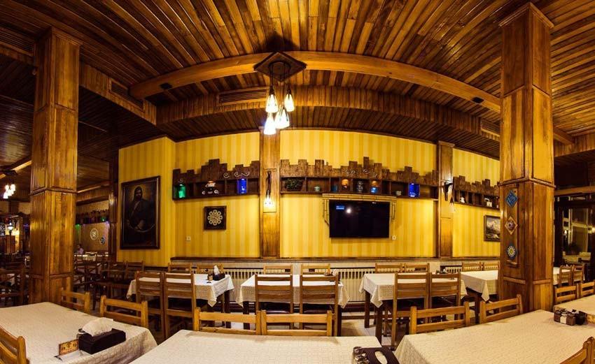 Sarkhoshe Village Restaurant (7).jpg