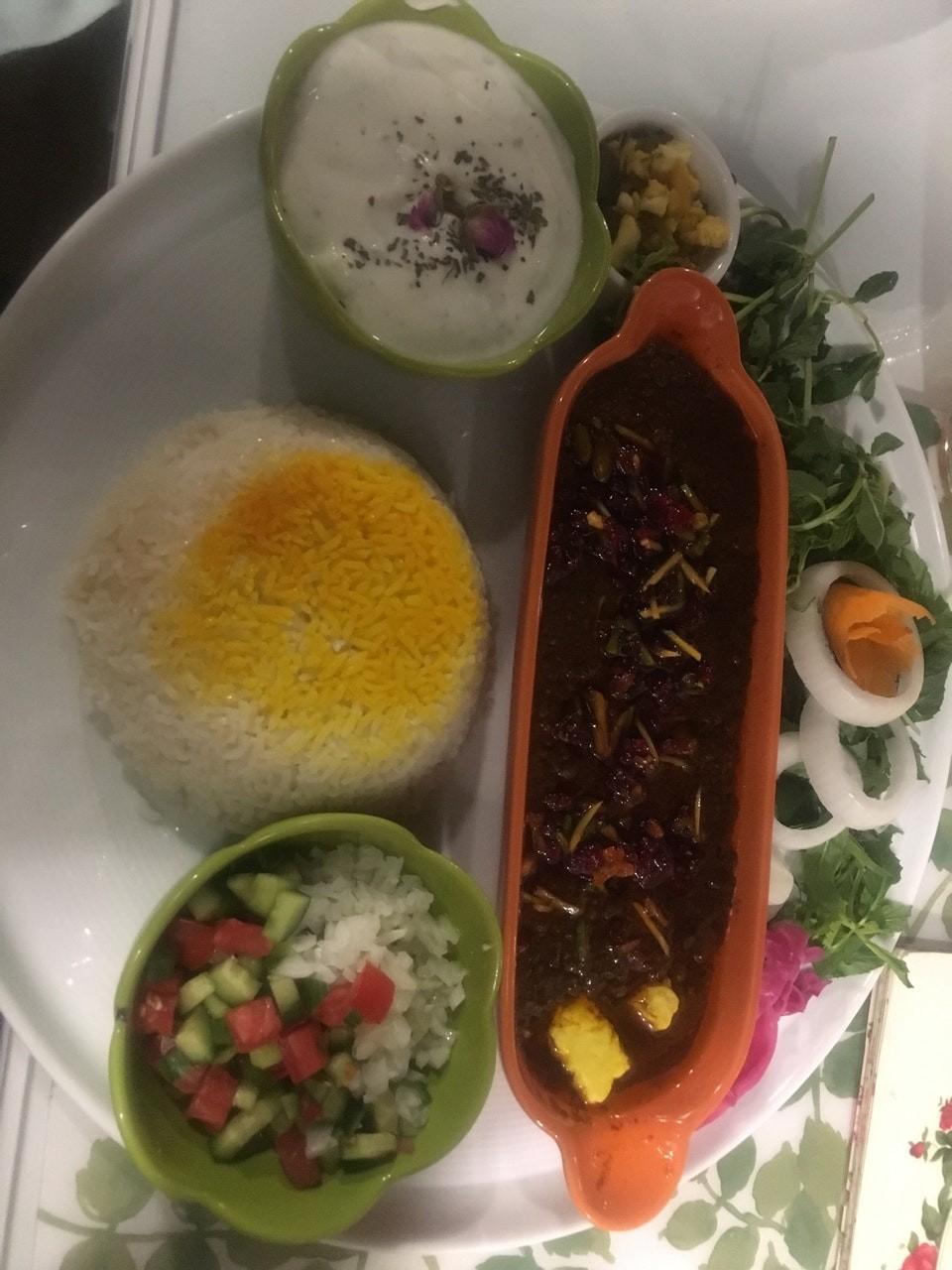 Mehre Mitra Vegan Restaurant (5).jpg