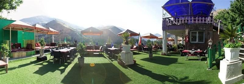 مجموعه گردشگری و رستوران باغ ایرانی فشم