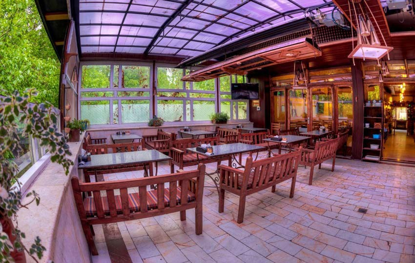 Sarkhoshe Village Restaurant (6).jpg