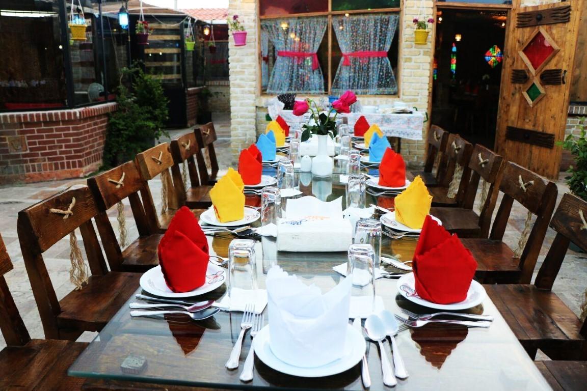 رستوران و سفره خانه هدیش لواسان