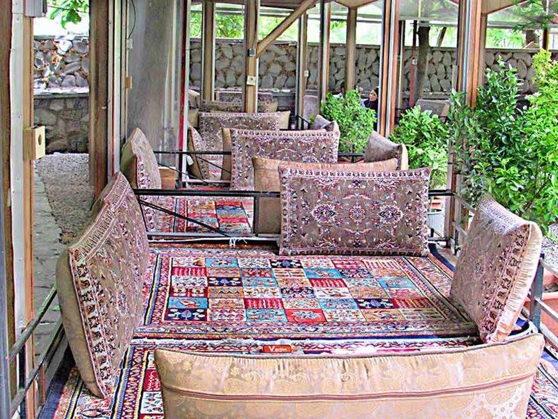 Varjin Restaurant (13).jpg