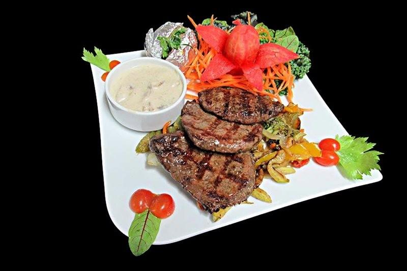Varjin Restaurant (11).jpg