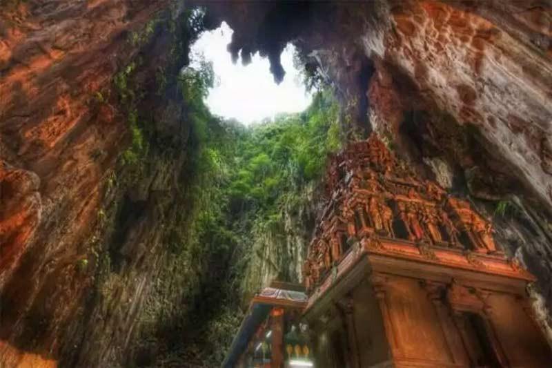 Batu Caves (8).jpg