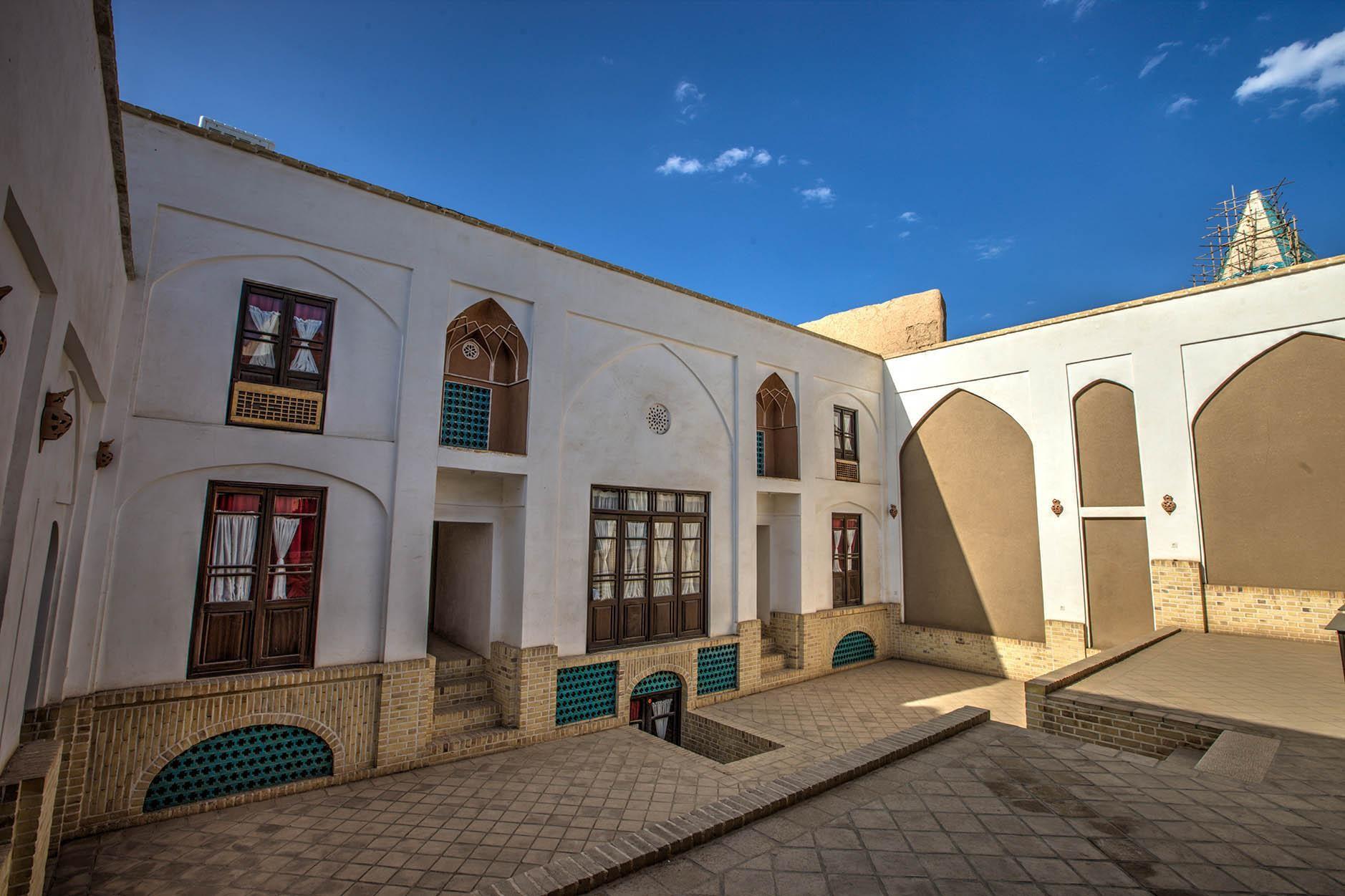 courtyard (5).jpg