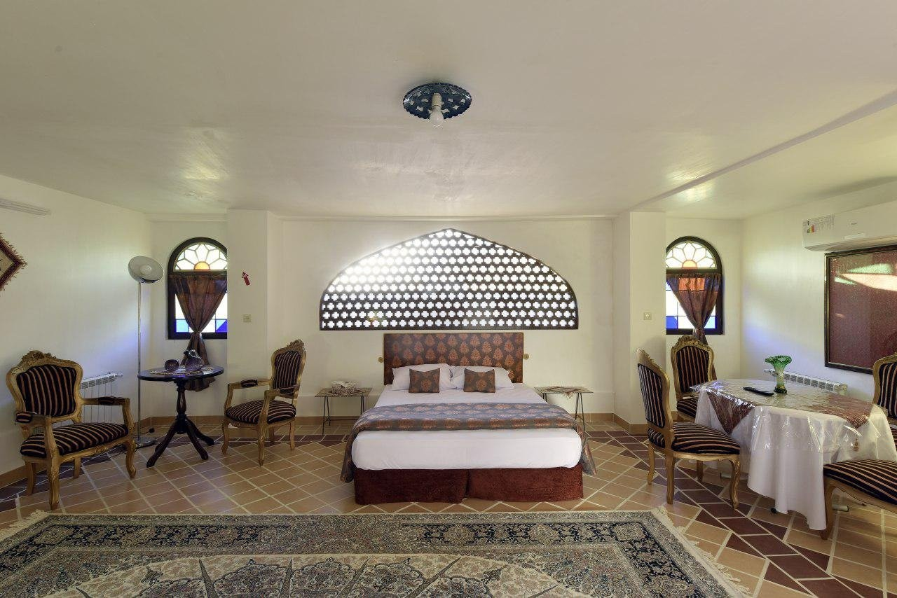 negin-traditional-hotel (4).jpg