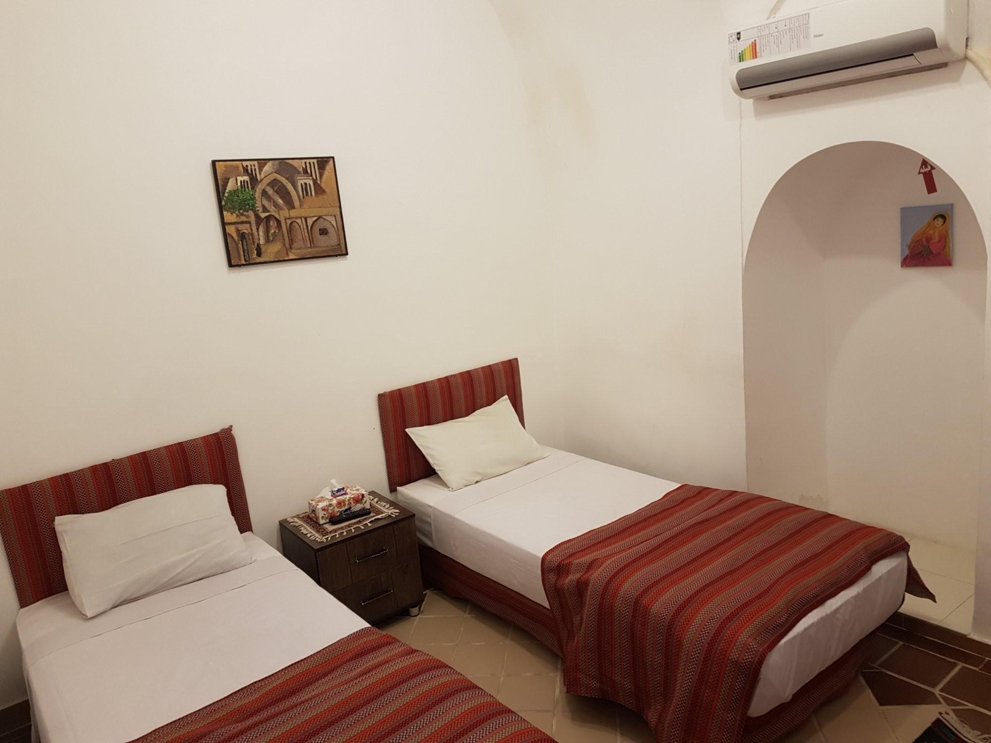negin-traditional-hotel.jpg