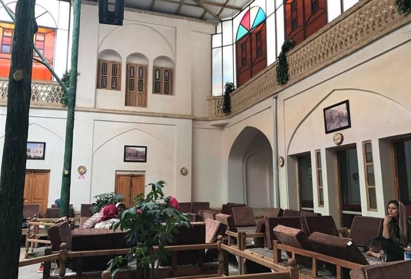 Mozaffari traditional restaurant (7).jpg