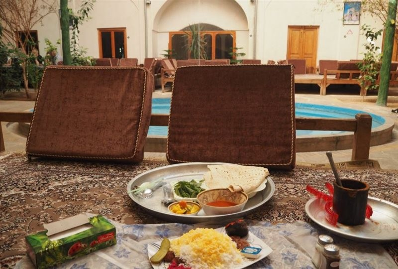 Mozaffari traditional restaurant (11).jpg