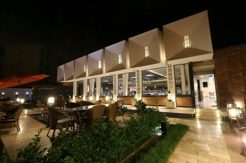 Badgiran Restaurant (5).jpg