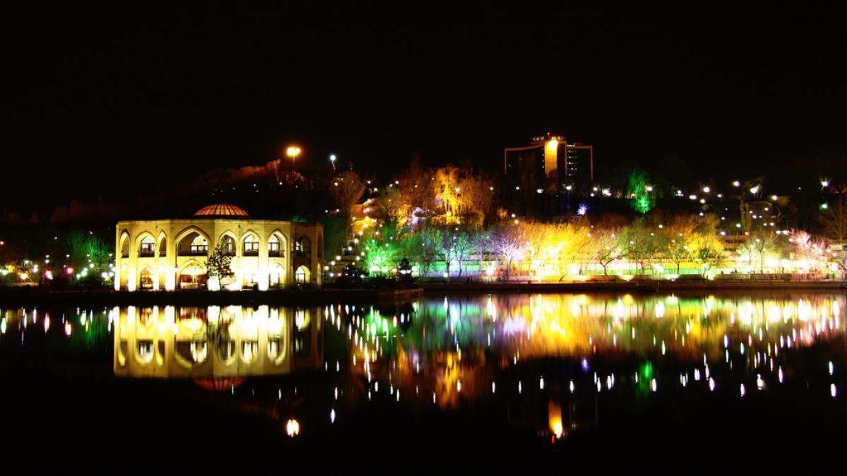 El Goli Parc Tabriz (17).jpg