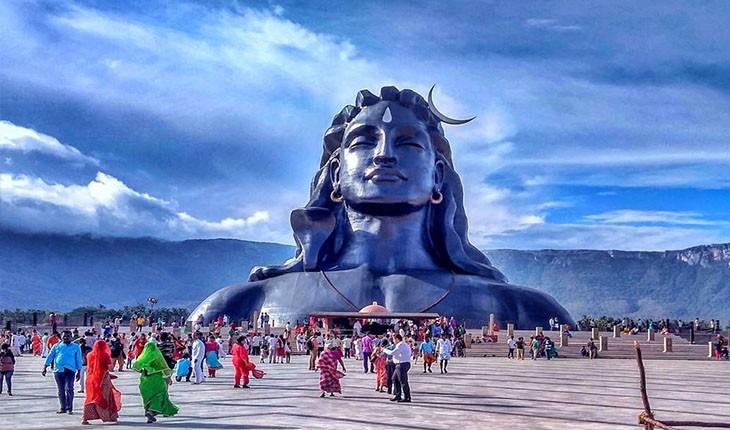 رونمایی از مجسمه ی 34 متری شیوا در هند