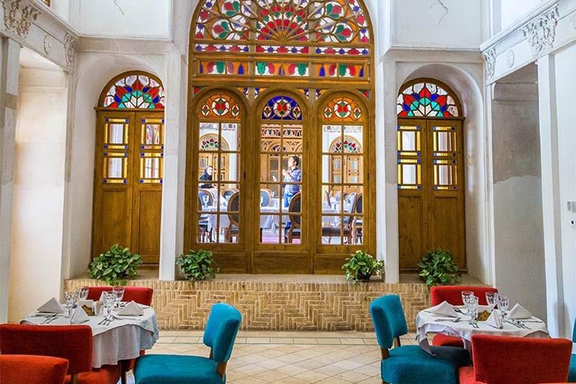 رستوران سرای عامریها