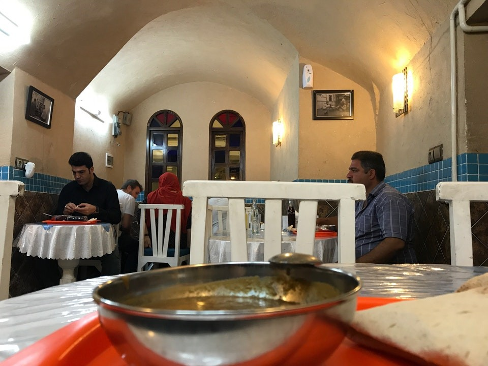 Panahandeh Restaurant And Cafe (14).jpg