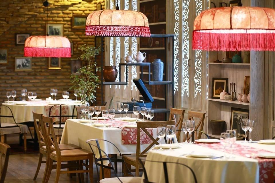 Tabla Saloon Restaurant (17).jpg