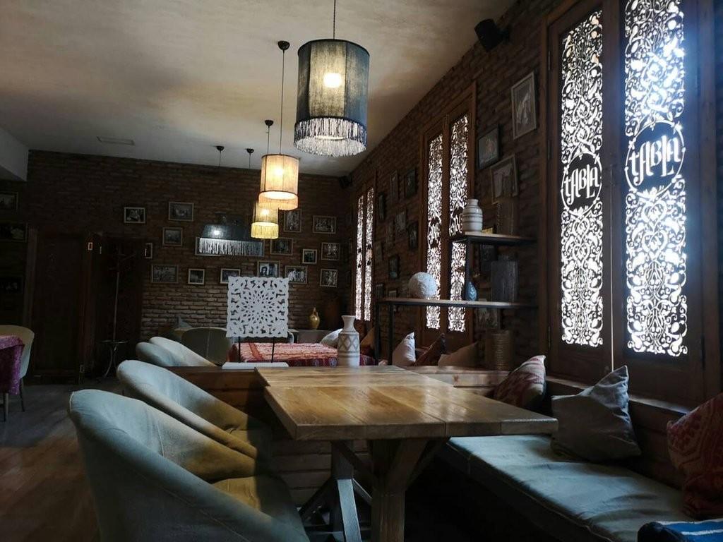 Tabla Saloon Restaurant (14).jpg