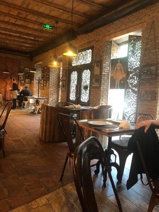 Tabla Saloon Restaurant (1).jpg