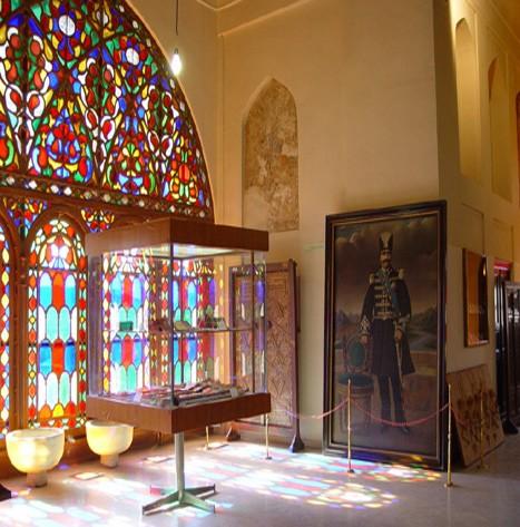 Chehel Sotoun Museum Palace Qazvin (2).jpg