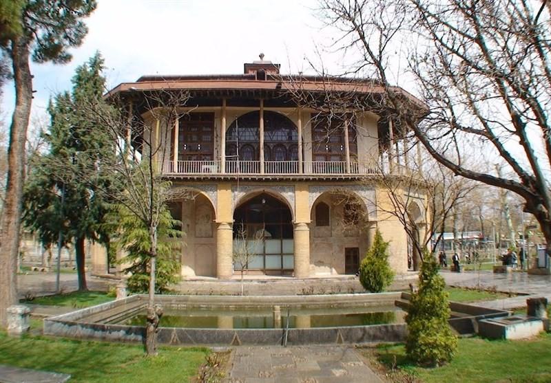 Chehel Sotoun Museum Palace Qazvin (5).jpg