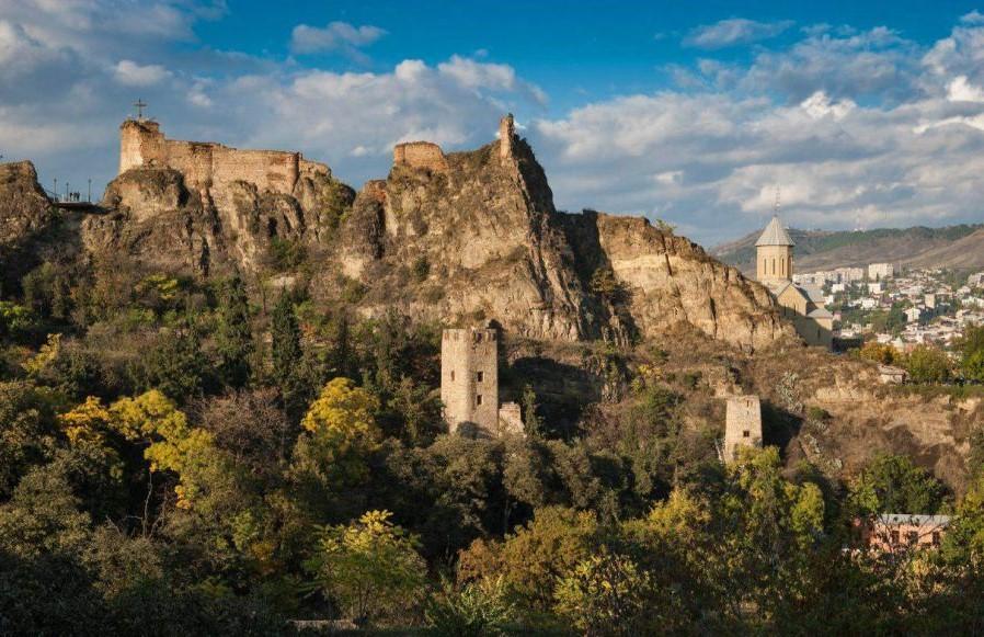 Narikala Castle (2).jpg