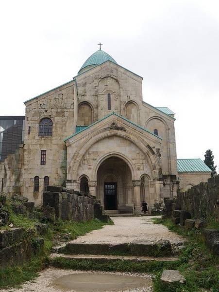 Bagrati Cathedral (5).jpg