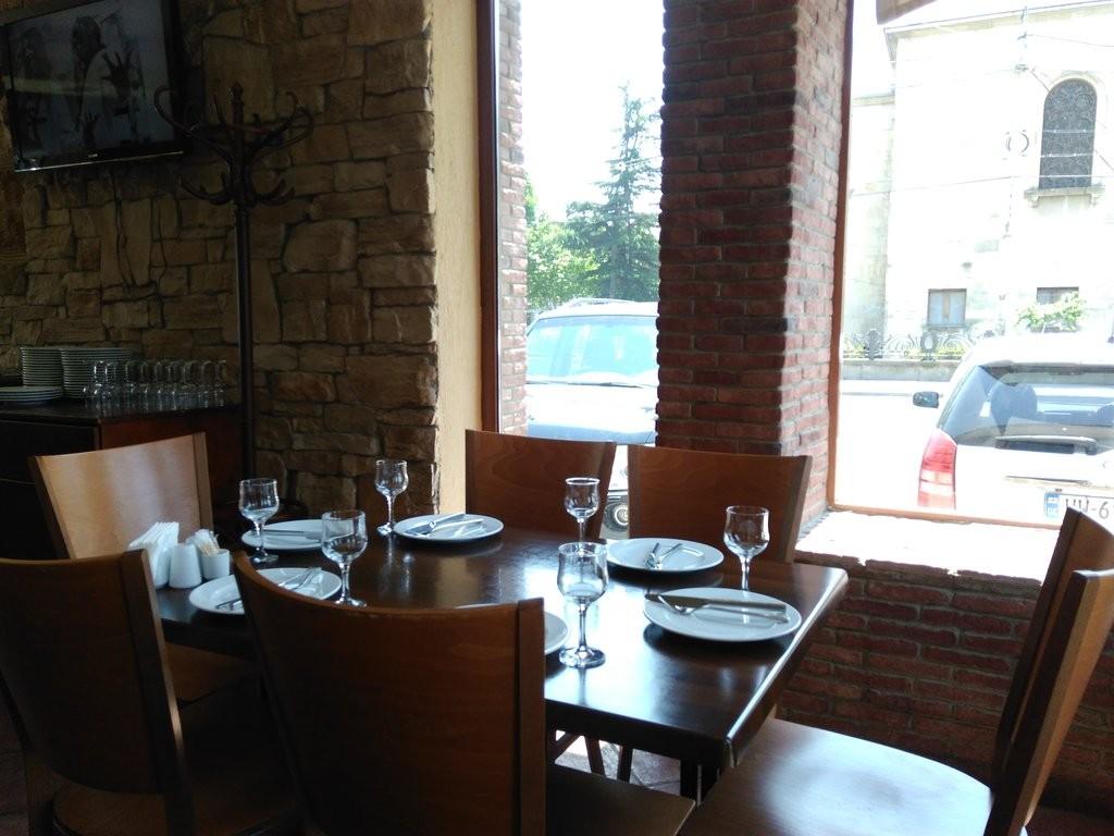 رستوران چینه بولی