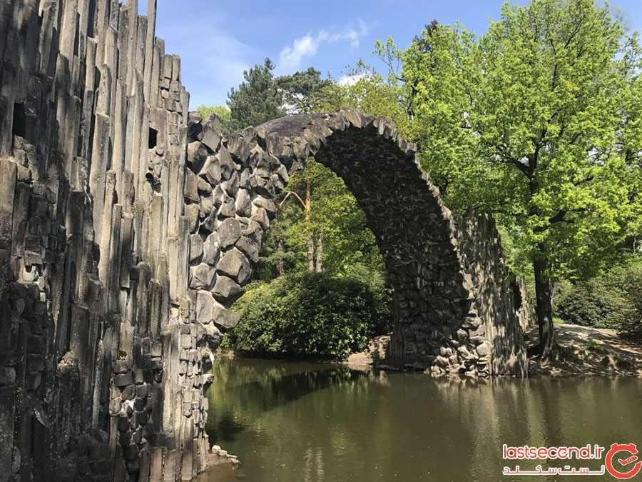 پل زیبا در میان طبیعت آلمان