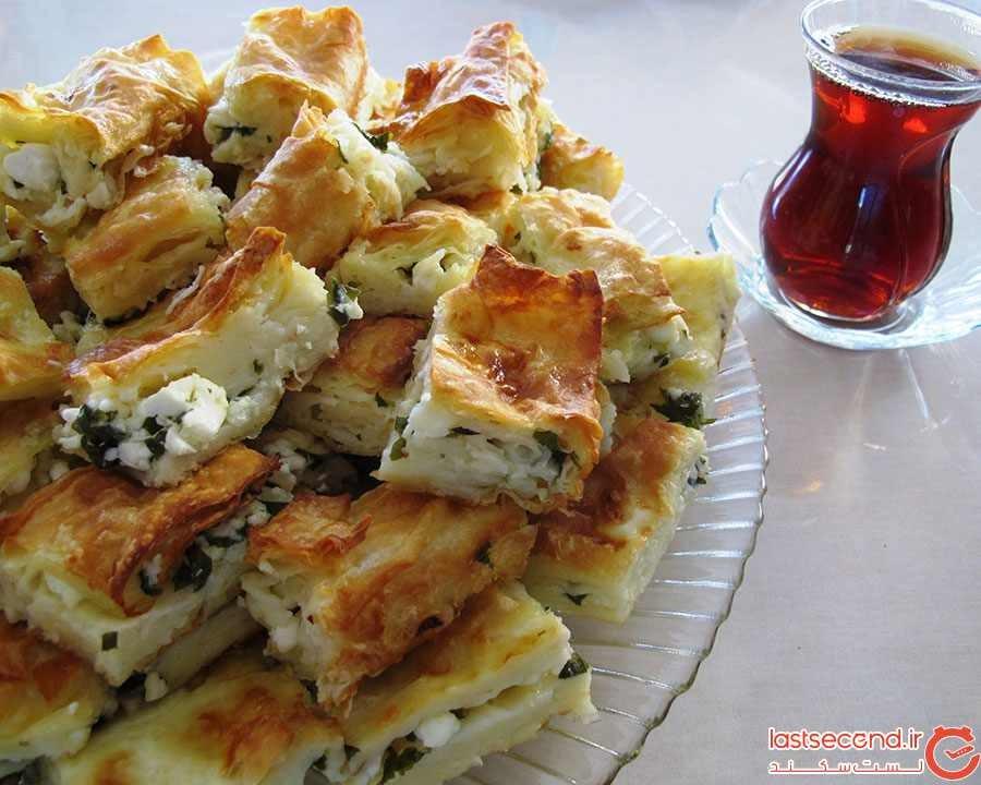 بورک یا بورکاس (Börek)
