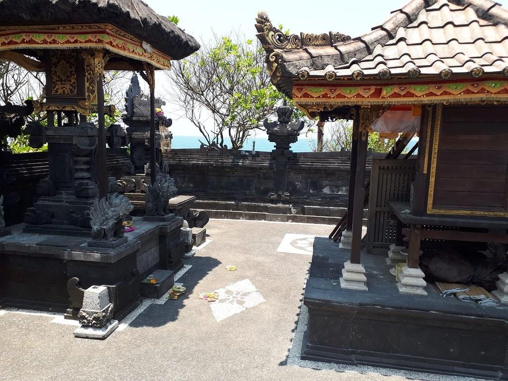 Tanah Lot Temple (4).jpg
