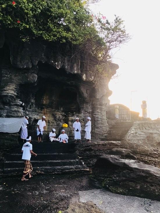 Tanah Lot Temple (10).jpg