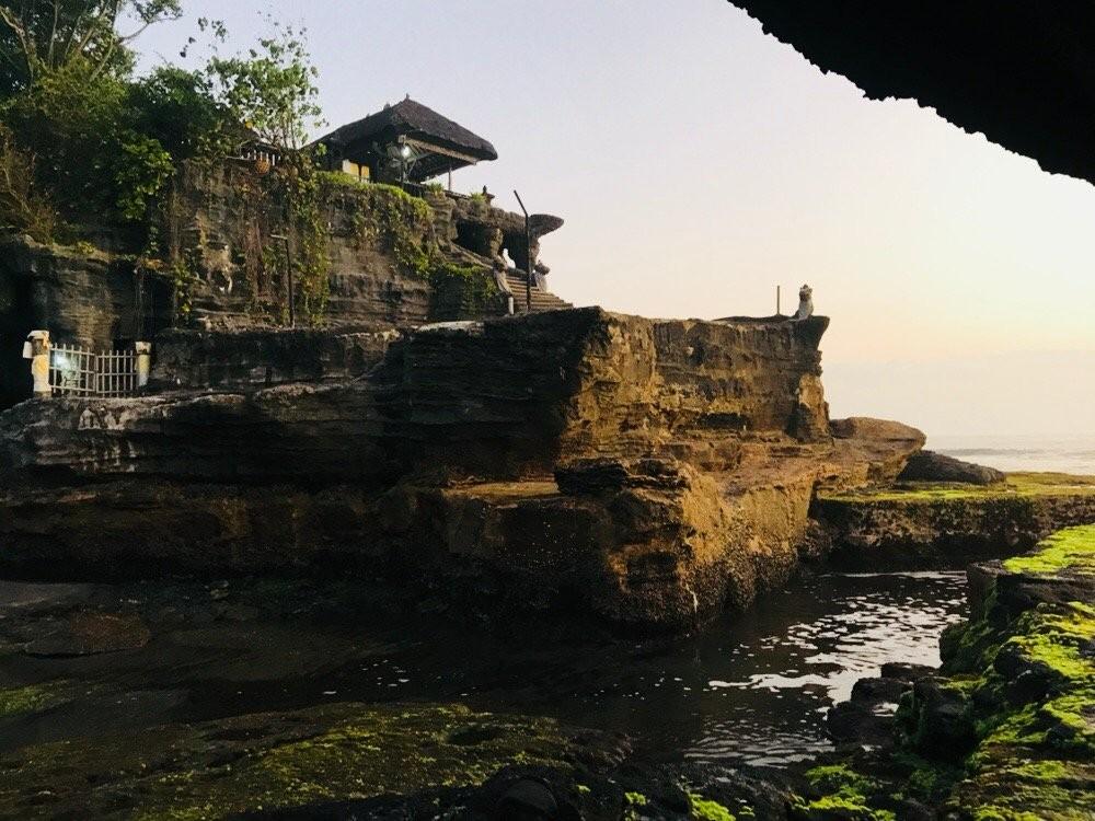 Tanah Lot Temple (11).jpg