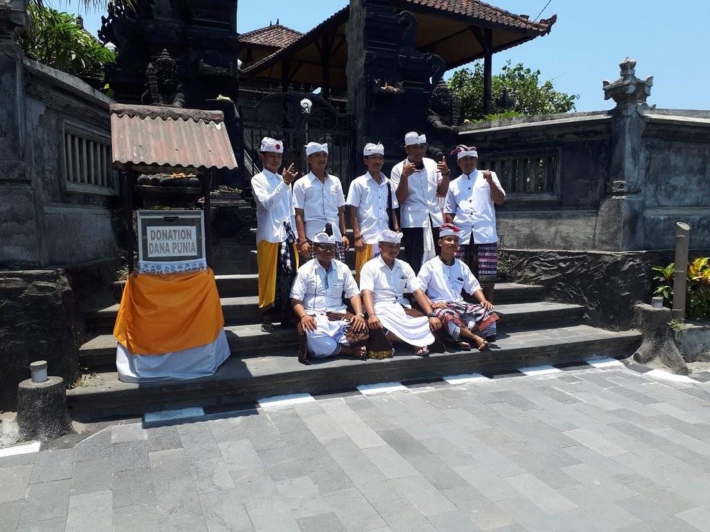 Tanah Lot Temple (1).jpg