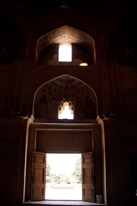 Tomb of Ferdowsi (10).jpg