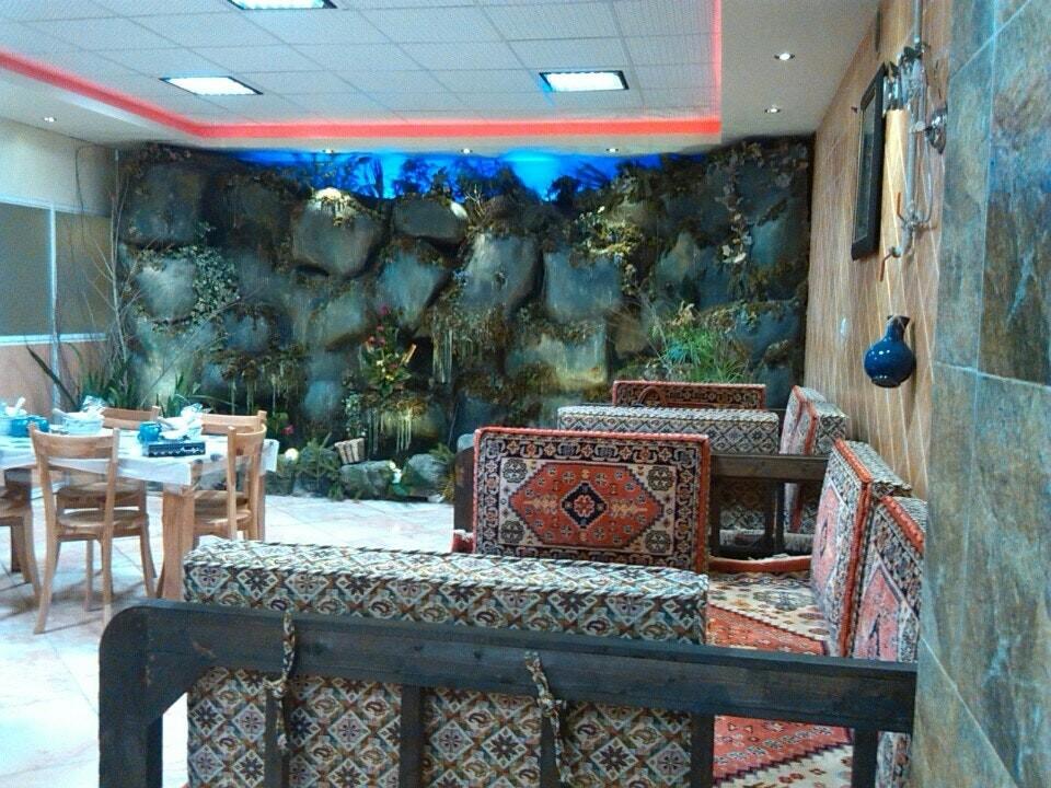 Narenj Restaurant (3).jpg